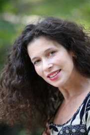 Author Ivy Keating headshot